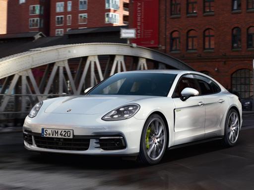 Exklusives Leasingangebot für gewerbliche/private Kunden: Porsche Panamera 4 E-Hybrid